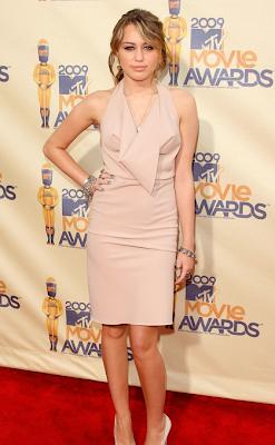 Miley cyrus MTV award climb